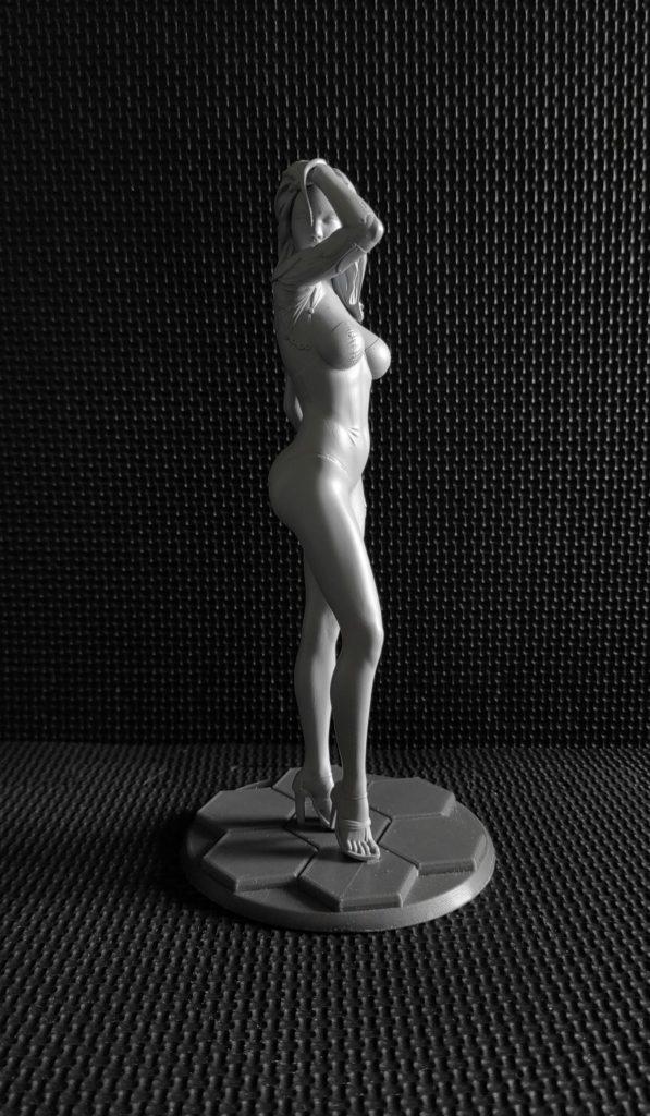 Augmented Lady Sculpture - Impression résine (+ appret gris)